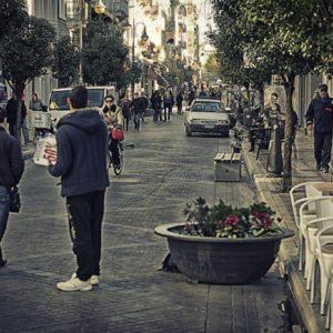 Η Τέχνη της φωτογραφίας στους δρόμους της Πάτρας, μέσα από το φακό του Χάρη.