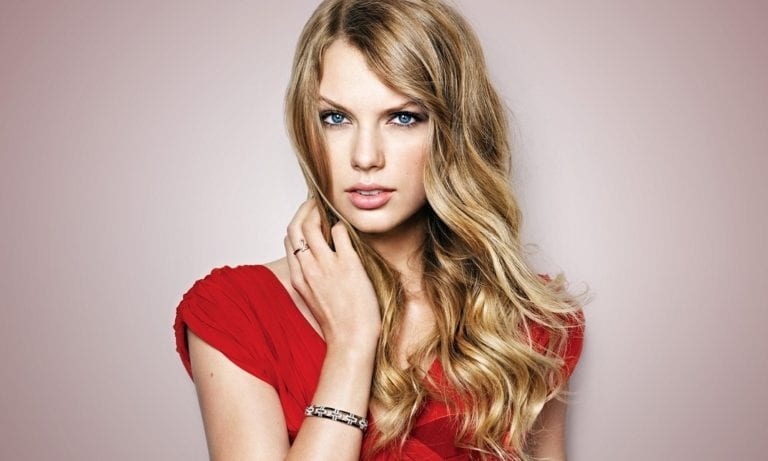 """""""Red"""" – Taylor Swift."""
