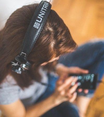 Στο ραδιόφωνο μας, κάνε τη δική σου εκπομπή, παίξε και εσύ την μουσική σου.