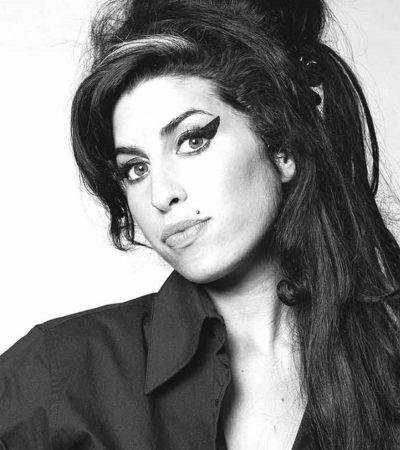 Amy Winehouse, η φωνή που συνδυάζει Soul, Jazz αλλά και r&b.