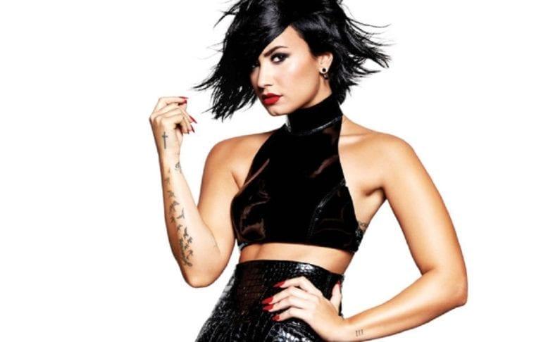 """""""Confident"""" – Demi Lovato."""
