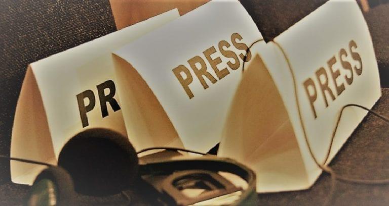Τι υπηρετεί τελικά ο δημοσιογράφος;
