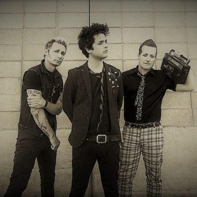 «Revolution Radio» – Green Day.