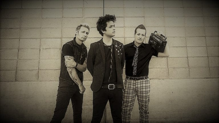 """Revolution Radio"" – Green Day."