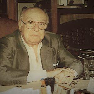 Αλέκος Σακελλάριος, ο χαρισματικός σκηνοθέτης του Ελληνικού κινηματογράφου.