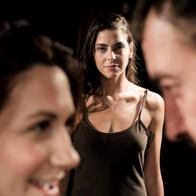 «94 ΜΙΛΙΑ», η θεατρική παράσταση της Ελένης Γιασσά σε σκηνοθεσία Στέλιου Καλαϊτζή.