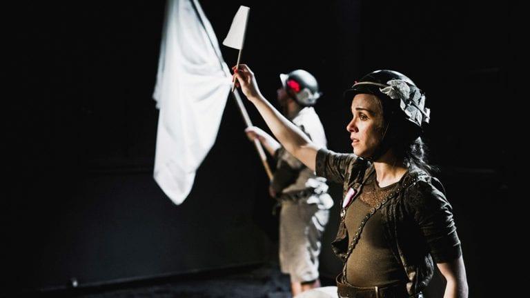 """""""Ο Σημαιοφόρος"""" του Rainer Maria Rilke στο Θέατρο 104."""