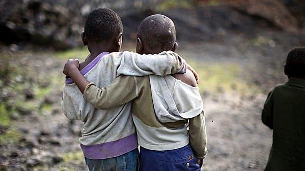 Τα παιδιά υποφέρουν, πεινούν, πεθαίνουν…