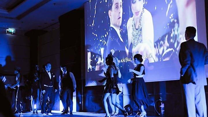 """Είδαμε τη διαδραστική παράσταση """"The Great Gatsby"""", που μας παρουσίασε Το Cinema Alive στο """"Grand Hyatt Hotel""""!"""