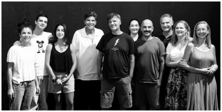 """""""Ράφτης Κυριών"""" του Ζωρζ Φεντώ σε σκηνοθεσία του Γιάννη Μπέζου στο θέατρο Προσκήνιο."""