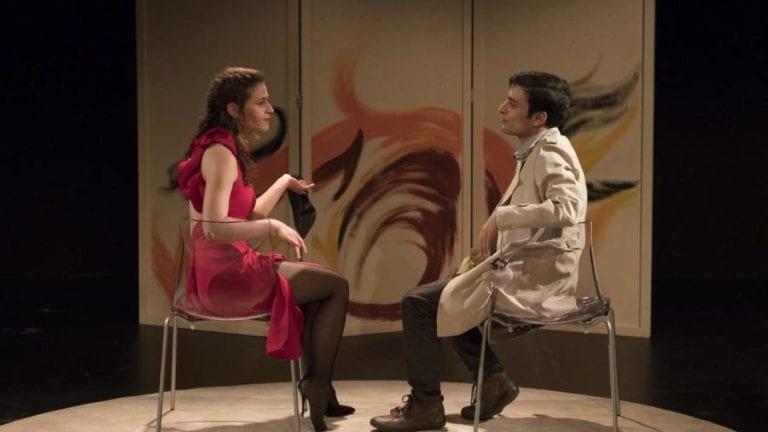 """""""Ο Εραστής"""" από την Εταιρία Θεάτρου ΗΘΩ, στο Θέατρο Επί Κολωνώ."""