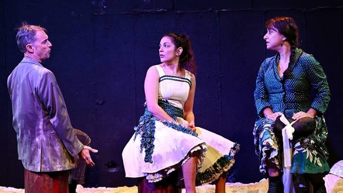 """""""Η σινε-παρμένη"""" από το Φεστιβάλ Αθηνών στο Θέατρο Αργώ."""