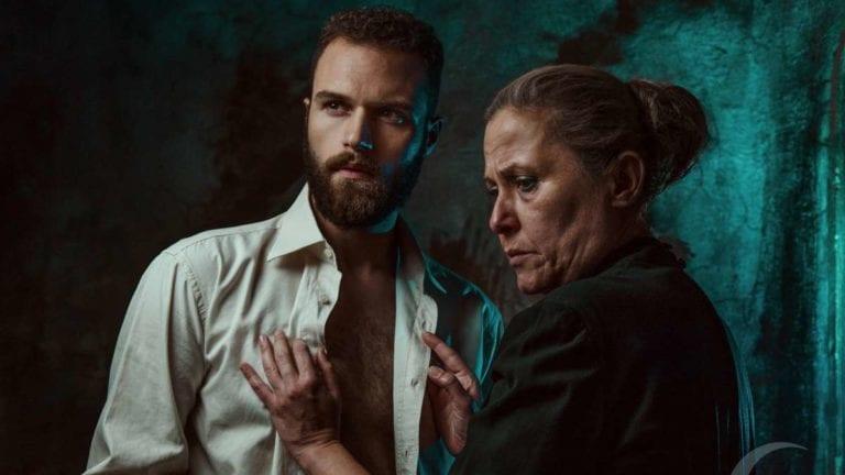 """""""Η Σονάτα του Σεληνόφωτος"""" του Γιάννη Ρίτσου σε σκηνοθεσία Σταμάτη Πακάκη στο Faust."""