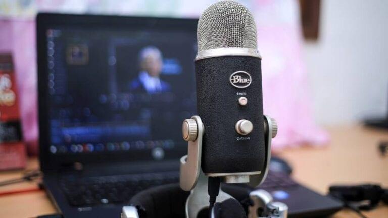 Ελάτε στο podcasting του Young People.gr κάνοντας τα δικά σας Podcast.